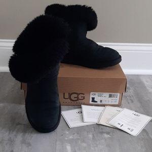 UGG Bailey Mariko short boot